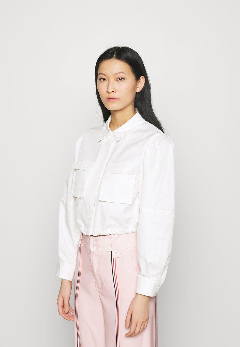 Mossman - THE SHADOW SHIRT - Button-down blouse - white
