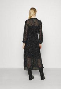 ONLY - ONLTRACY MIDI DRESS  - Denní šaty - black - 2