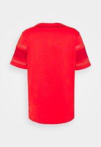 Fanatics - MLB BOSTON RED SOX FRANCHISE SUPPORTERS FASHION  - Klubbklær - uni red - 1