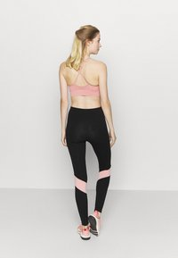 Pink Soda - ALLURE - Leggings - black/pink - 2