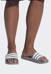 adidas Performance - ADILETTE CLOUDFOAM SLIDES - Pool slides - grey - 0