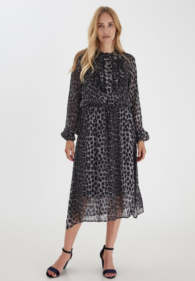 PZNORA  - Shirt dress - phantom printed