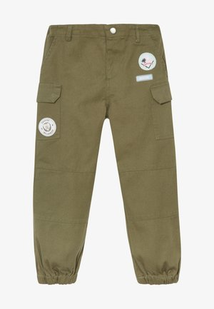 BADGED TROUSER - Reisitaskuhousut - khaki