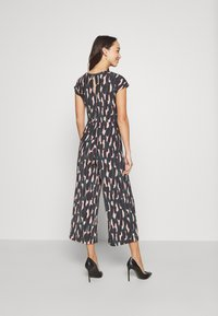 Anna Field - OCCASION - ALL OVER PRINT SHORT SLEEVES FRONT KNOT JUMPSUIT - Jumpsuit - black/multi-coloured - 4
