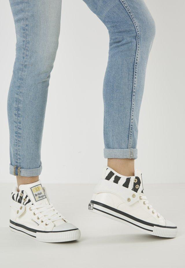 ROCO - Sneakers laag - white/zebra
