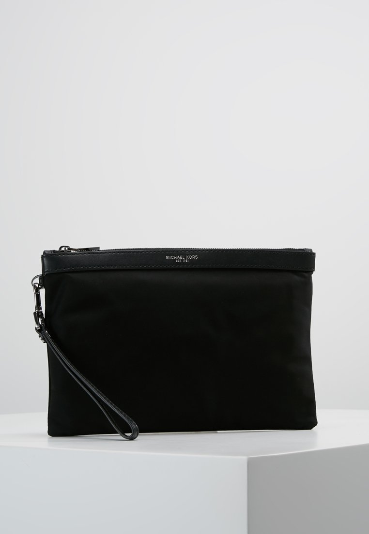 Michael Kors - KENTTRAVEL POUCH - Handbag - black