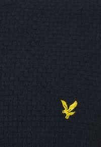 Lyle & Scott - BASKET JUMPER - Stickad tröja - dark navy - 2