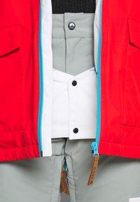 OOSC - FRESH POW JACKET - Lyžařská bunda -  white/red/black/grey - 8