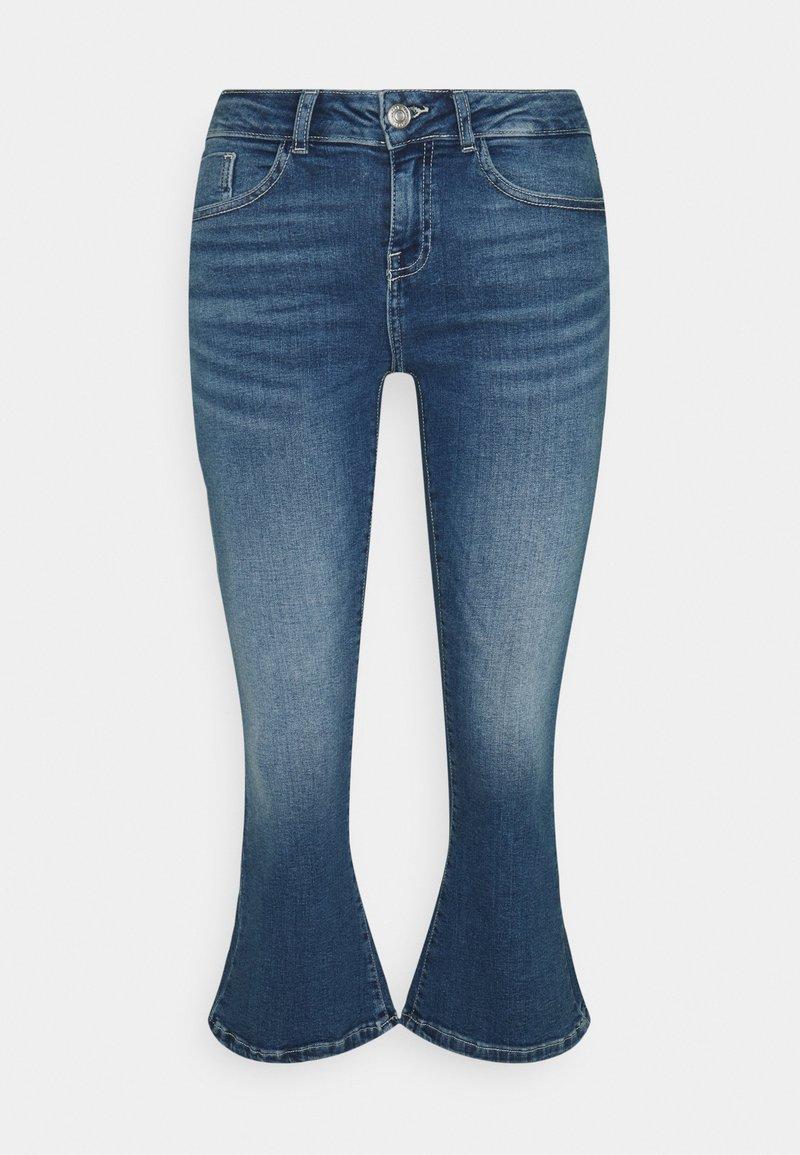 Noisy May Petite - NMMARLI - Flared Jeans - medium blue denim