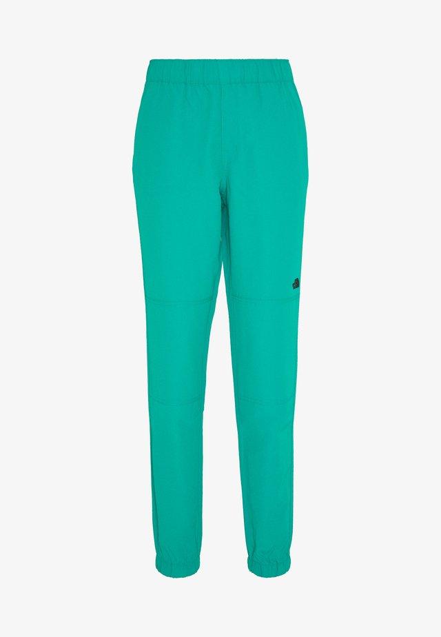 WOMENS CLASS JOGGER - Długie spodnie trekkingowe - jaiden green
