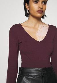 New Look - Maglietta a manica lunga - dark burgundy - 4