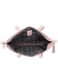 Mandarina Duck - MD20 LUX SCHULTERTASCHE 43 CM LAPTOPFACH - Handbag - magnolia - 5