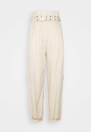 PANTALONI TROUSERS - Cargo trousers - doll beige