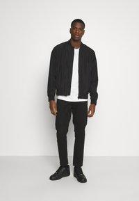 Burton Menswear London - CORE MILITARY - Bomberjacks - black - 1