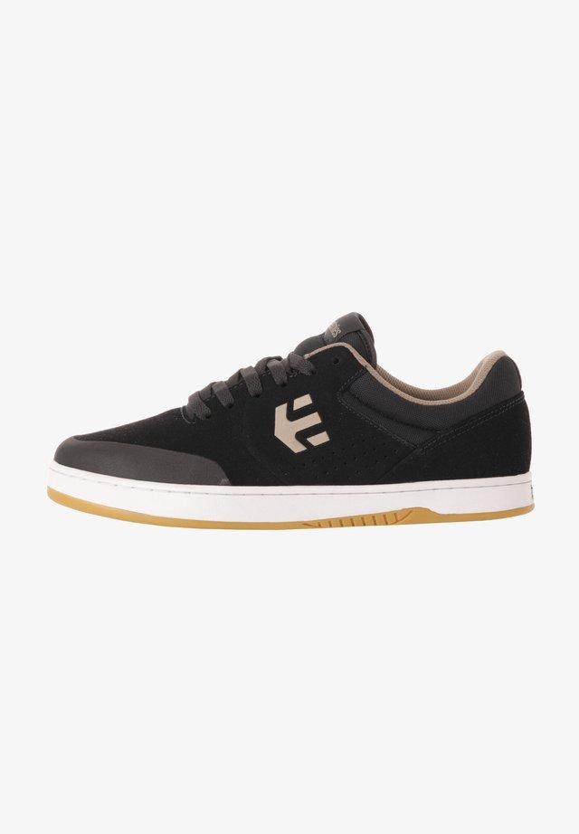 MARANA - Sneakers laag - navy/tan