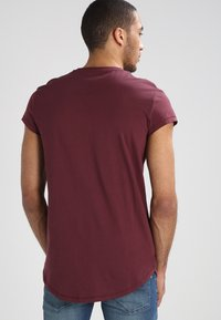 YOURTURN - Basic T-shirt - bordeaux - 2