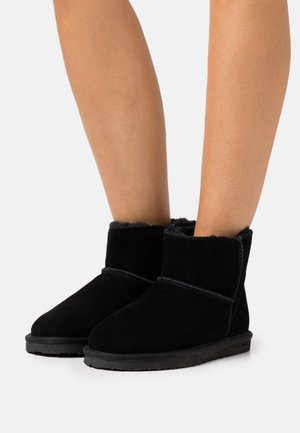 WIDE FIT BLANCHE - Classic ankle boots - black