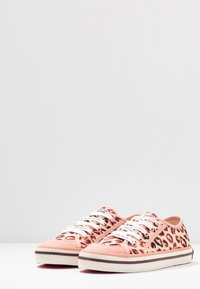 Scotch & Soda - MELLI LACE SHOES - Trainers - light pink - 4