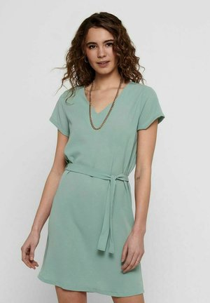 Day dress - chinois green