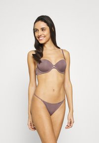 Calvin Klein Underwear - BRAZILIAN - Briefs - plum dust - 1