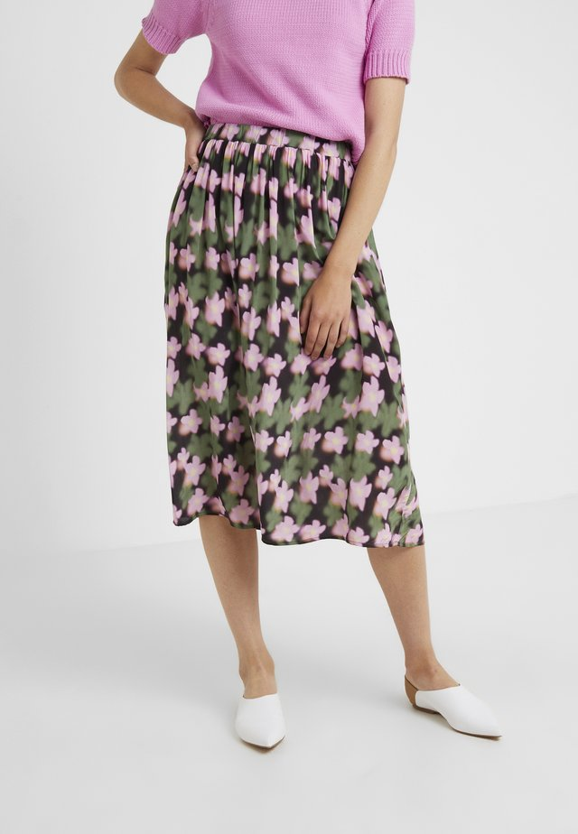 LONG SEVERIN - A-line skirt - cyclamen