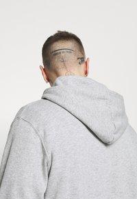 Cotton On - UNISEX ESSENTIAL - Hoodie - light grey - 3