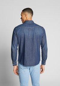 Levi's® - BARSTOW WESTERN STANDARD - Overhemd - indigo stone - 2