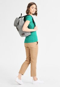 Eastpak - CIERA/CORE COLORS - Mochila - sunday grey - 1