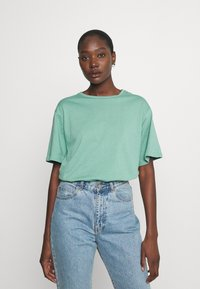 Trendyol - Jednoduché triko - mint - 0