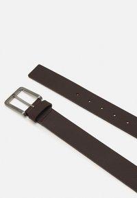 Calvin Klein - ESSENTIAL PLUS - Belt - dark brown - 1
