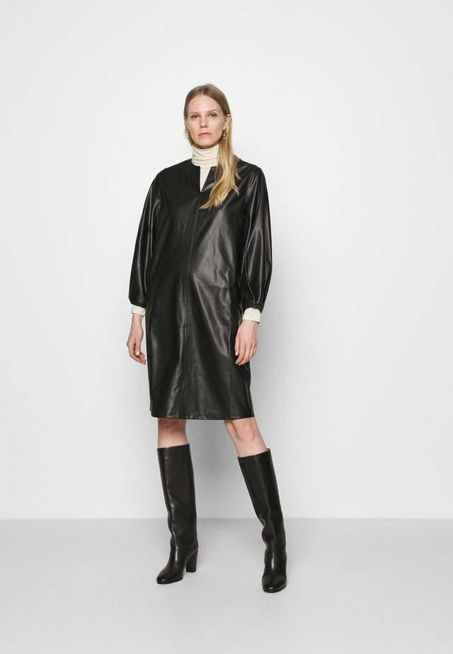 QUEGANA - Korte jurk - black