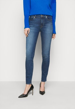 ROXANNE BAIR DUCHESS - Jeansy Skinny Fit - mid blue