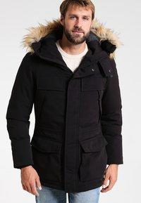 Napapijri - SKIDOO OPEN LONG - Zimní kabát - black - 0