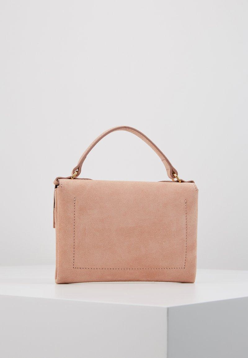 Coccinelle - MIGNON FLAT - Handbag - new pivoine