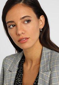 Swarovski - BELLA - Earrings - grey - 1