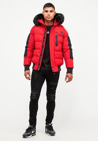 Kings Will Dream - BROMLEY PUFFER BOMBER JACKET - Viegla jaka - red - 1
