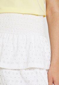 Pieces - PCCHRISTY SMOCK SKIRT - Mini skirt - cloud dancer - 5