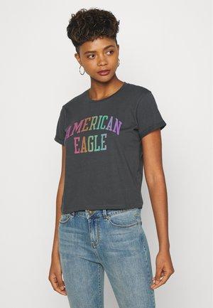 BRANDED ROLLED SLEEVE TEE - Print T-shirt - black