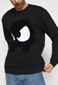 McQ Alexander McQueen - Sweatshirt - darkest black - 5
