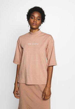 HELLE  - Camiseta estampada - pink