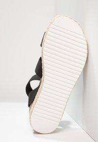 Steve Madden - KIMMIE - Platform sandals - black - 6