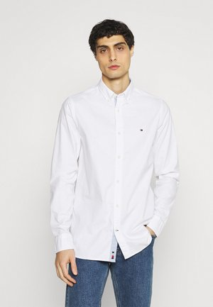 SLIM FLEX DOBBY - Shirt - white