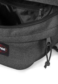 Eastpak - CORE COLORS - Bum bag - black denim - 4