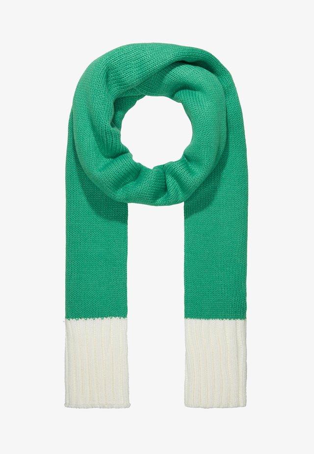 Šála - green