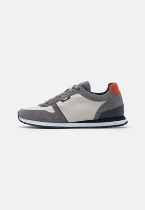 YORK EYELET TRAINER - Sneakers laag - grey