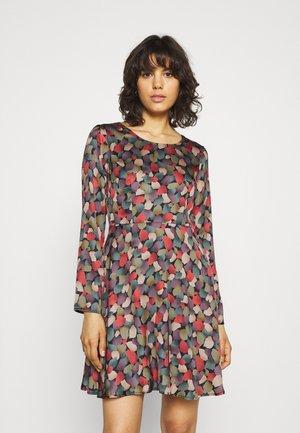 LADIES WOVEN DRESS - Day dress - greenpark khaki