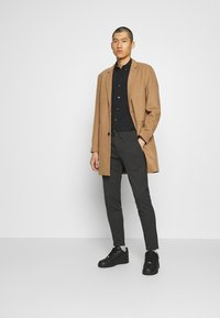 Only & Sons - ONSMAXIMUS COAT - Kappa / rock - camel - 1