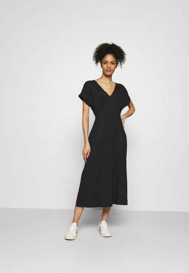 PERLI DRSS - Korte jurk - black