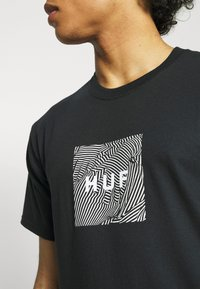 HUF - FEELS TEE - Print T-shirt - black - 4