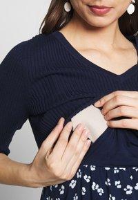 Seraphine - AMY BODICE NURSING DRESS 2IN1 - Žerzejové šaty - navyflor - 5